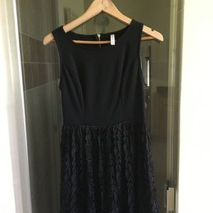 NEW Xhilaration   BLACK LACE MIDI dressy  DRESS